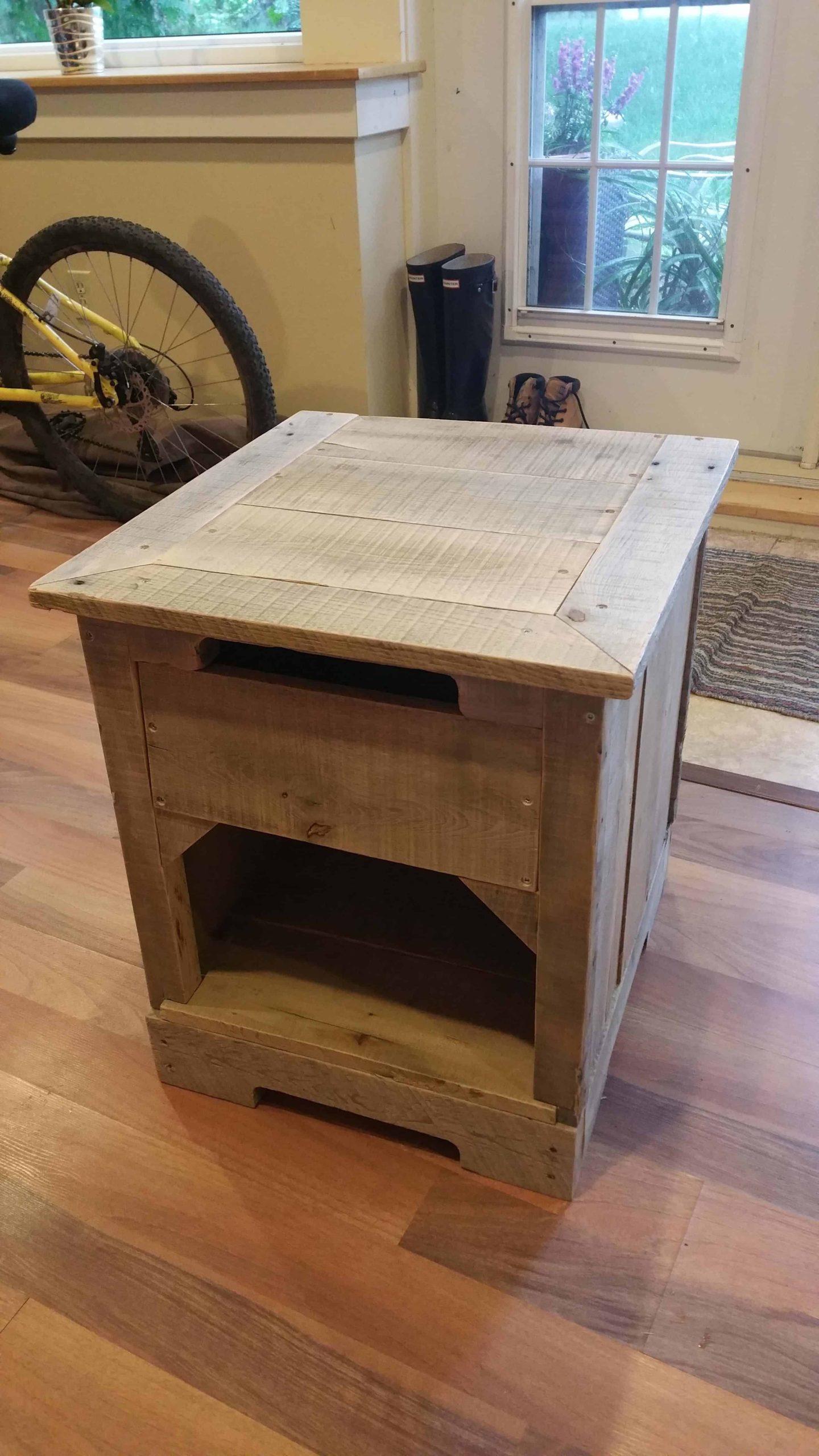 110 table en palette  table de chevet rustique en bois